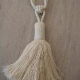 Аксесоар пискюл за декориране на завеси и пердета