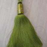 Декоративен зелен пискюл за завеси